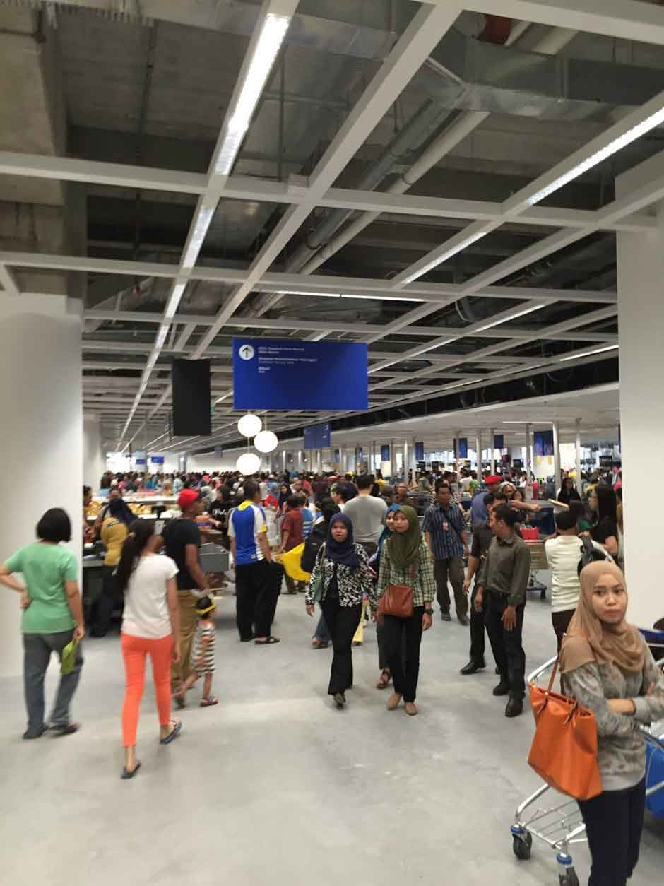 ikea in malaysia On 16 november 2017, ikea opened its third store in malaysia in johor bahru, malaysia it was the largest store in southeast asia, spanning 502,815 sq ft.